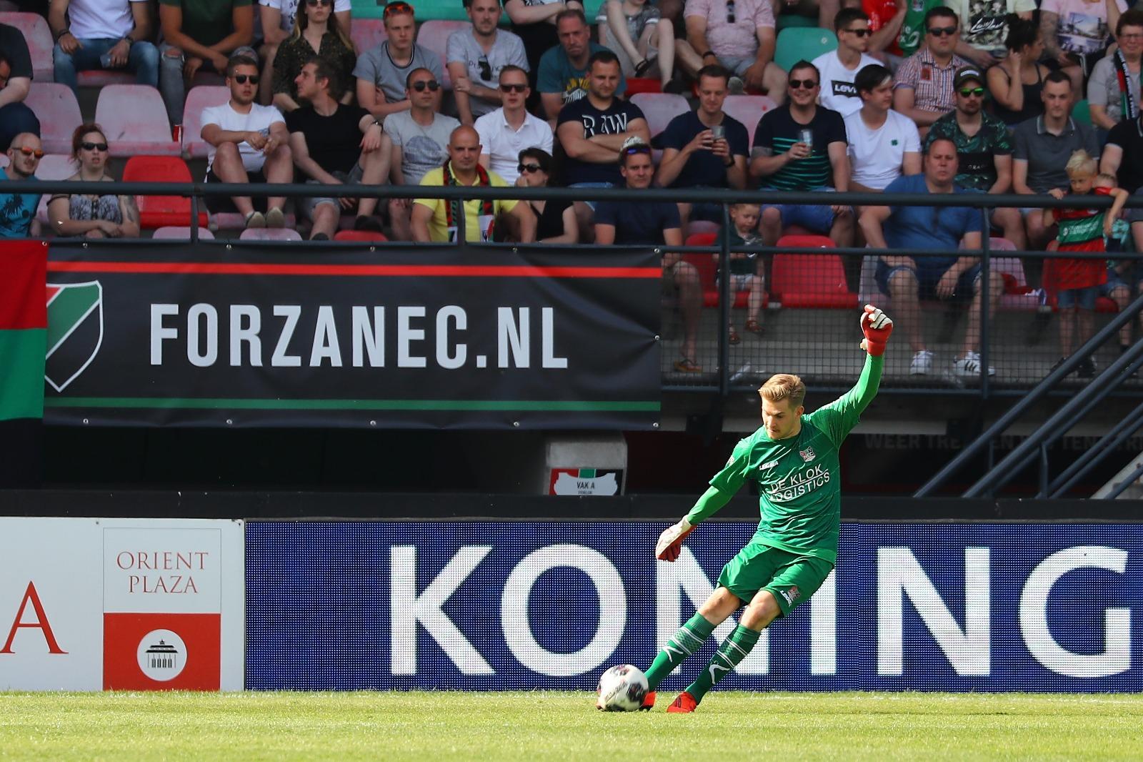 """Branderhorst: """"Ik denk dat ik in mijn recht sta als ik zeg dat dit geen penalty was"""""""