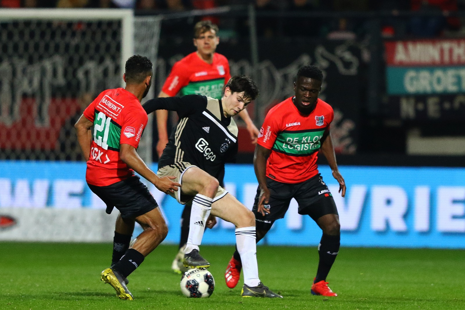 Voorbeschouwing: NEC ontvangt kersverse koploper Jong Ajax