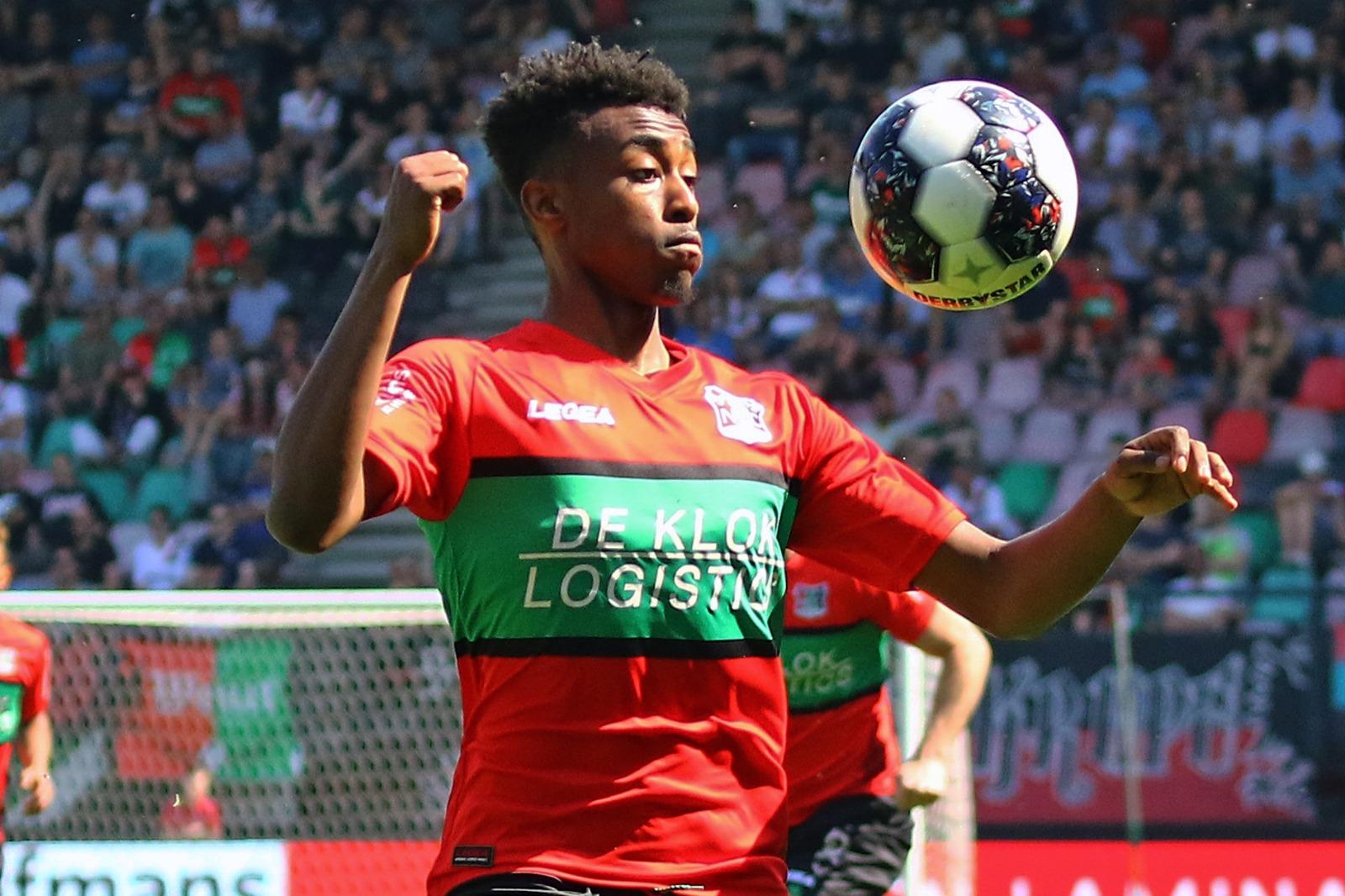 De Opstelling: De Groot wijzigt niets tegen kampioen FC Twente
