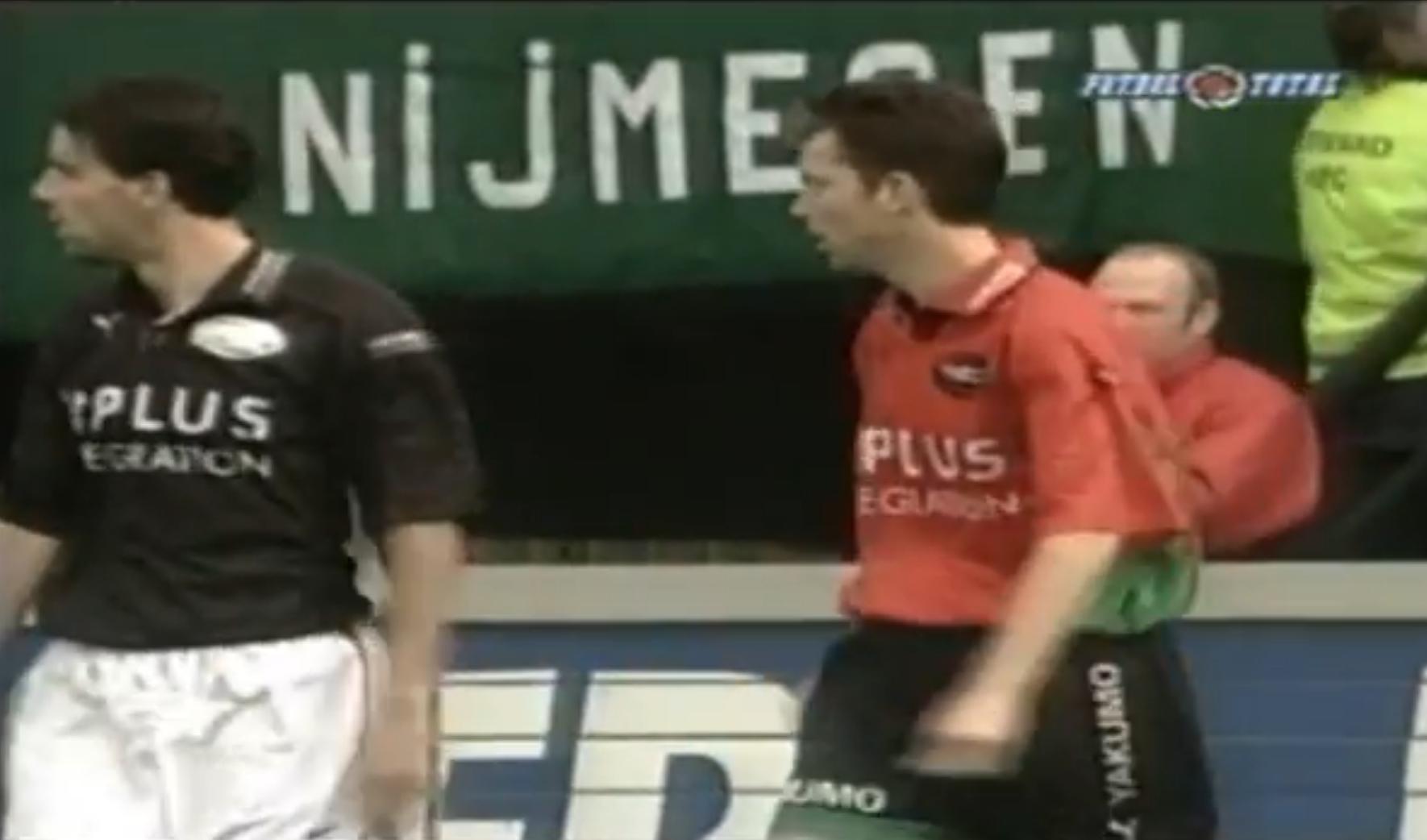 Memorabele momenten: die keer dat Van Nistelrooy in een NEC-shirt speelde