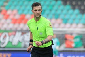 """Scheidsrechter Hensgens wuifde strafschop weg: """"Vond het ongelukkig"""""""