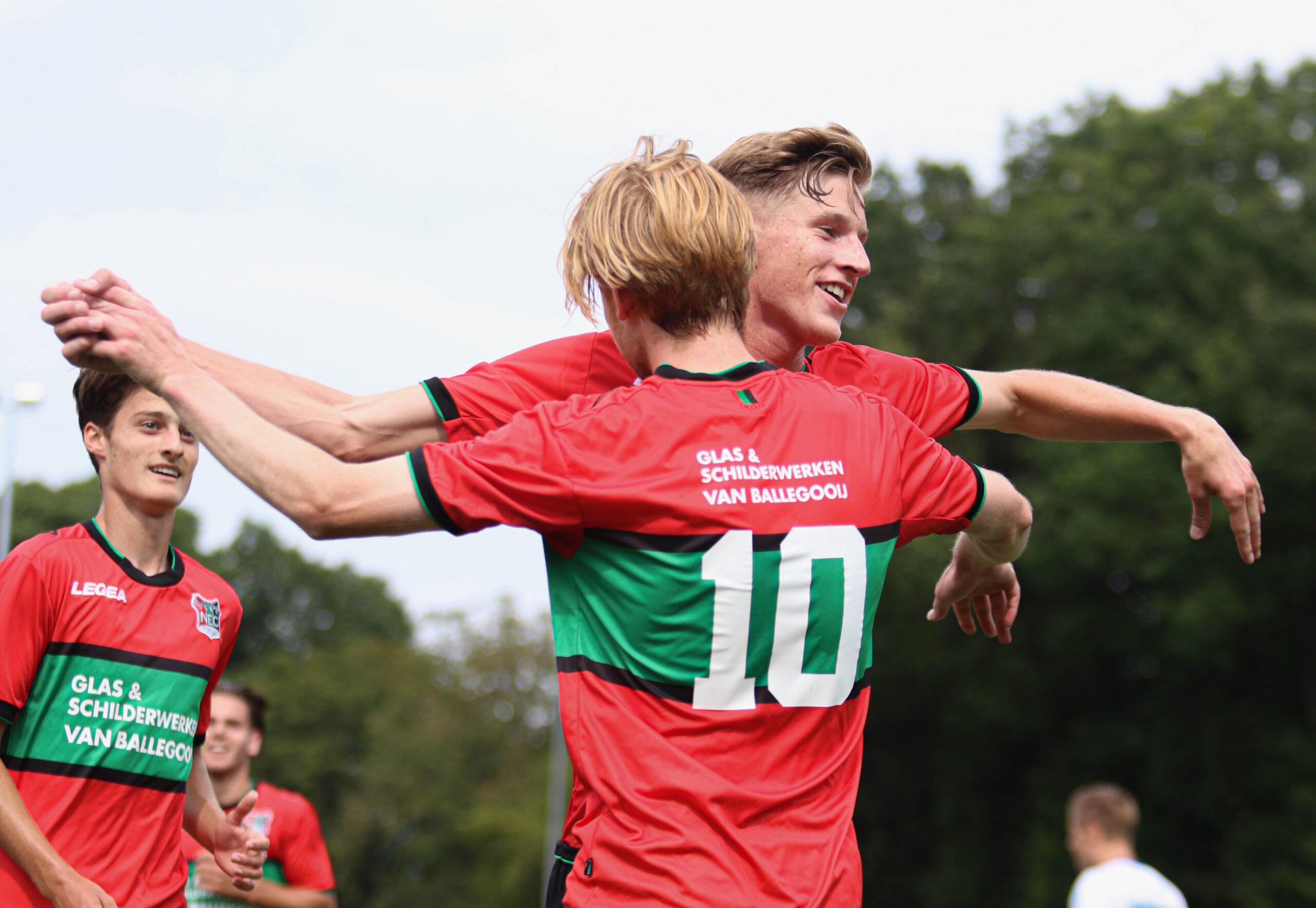 Van der Sluijs tweemaal trefzeker bij O21, ook Bukusu en Beekman maken minuten