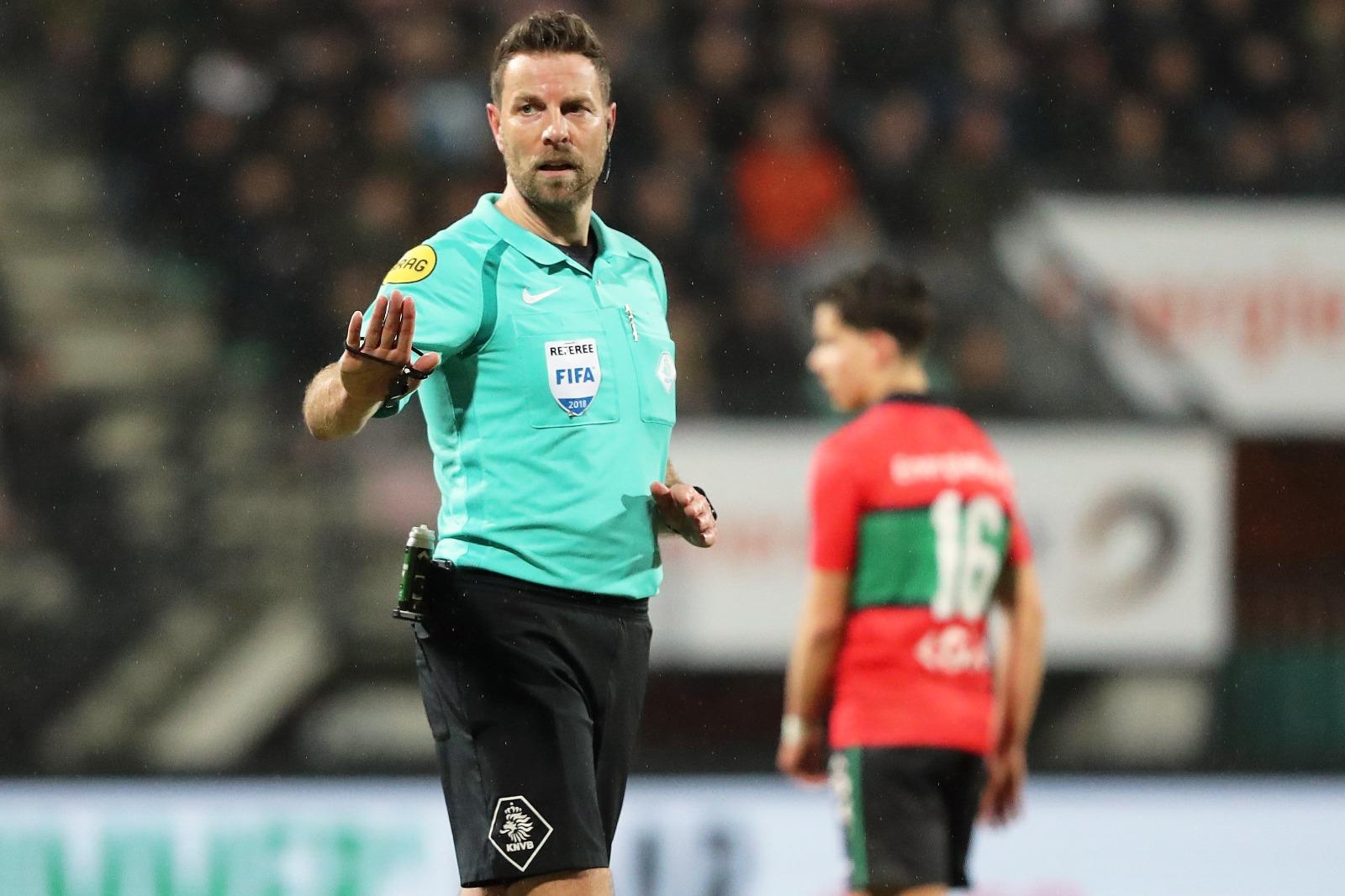 Pol van Boekel scheidsrechter NEC – Willem II