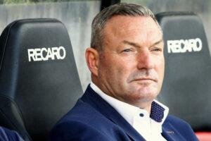 Twente-trainer Jans: Als NEC zo doorgaat, dan draaien ze makkelijk mee in de middenmoot
